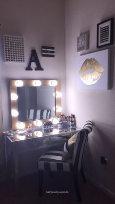 Do you want to make DIY Vanity Mirror? Try this DIY vanity mirror … - Home creative ideas My New Room, My Room, Diy Vanity Mirror With Lights, Vanity Mirrors, Diy Makeup Mirror, Black Makeup Vanity, Bulb Mirror, Glam Mirror, Silver Vanity