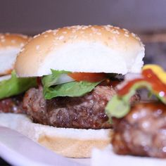 Sliders Recipe.Those miniature burgers you can dress in any way you like!