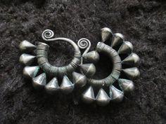 Antike Miao-Tribe Ohrringe von ZitronenBlau auf Etsy