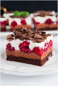 Serowo-malinowa delicja z cappuccino Unique Desserts, Healthy Desserts, Dessert Recipes, Cake Recept, Chocolate Raspberry Cake, Chocolate Cake, Salty Cake, Polish Recipes, Food Cakes