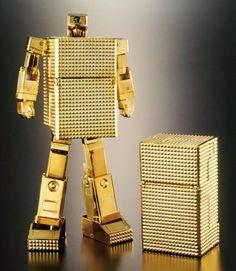 A transforming...gold box?