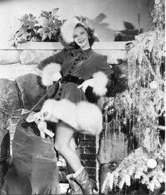 Mary Martin Christmas Pose, Dec 16, 1940