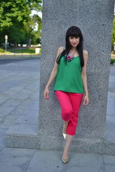 #Katharine #fashion #beautiful #pants #necklace #gold #pumps #black&white #pink #green #outfit #style #look #summer #woman