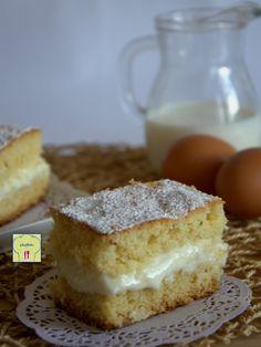 TORTA KINDER PARADISO, deliziosa pasta margherita, morbida crema di latte, una spolverata di zucchero a velo per una torta dal gusto delicato e piacevole