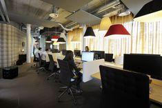 Unilever office workstations