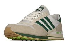 Japan's United Arrows know how to make tidy colourways, it's proven science, and this latest drop from the colab lab ain't no placebo, it's the real deal fo' sho. They've given adidas' ZX500 OG a golf green and cream do-over, with a brown outsole and fluro tread bringing plenty of pop. You can grab it …