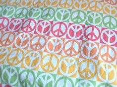 Tommy Hilfiger Peace Sign Full Flat + Fitted Sheets Pastel Colors 2 Yards Fabric #TommyHilfiger #Contemporary