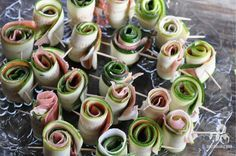 Quick, healthyand incredibly delicious, I absolutely adore these tiny and perfect bursts of flavor. These little bundles are an out-of-this-world and simpleappetizer to bring to a party, or a nice addition to a soup for lunch. I recently made these for a party and they were the crowd favorite, above some more complicated dishes I …