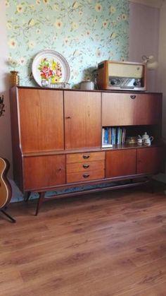 Retro vintage Webe servieskast jaren 60 Top Furniture Stores, Furniture Ads, Art Deco Furniture, Modern Furniture, Office Furniture, Vintage Modern, Vintage Decor, Vintage Designs, Mid-century Modern