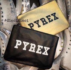 PYREX POCHETTE #new #collection #pyrex #pyrexstyle #pochette #fallwinter16 #winterstyle #diecidieci #streetstyle #nothingbetter #wearingpyrex #pyrexoriginal