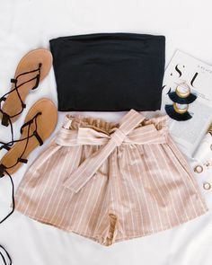 Wedding Outfits for Guest - Festive Ready Striped Shorts summer outfits, - Trend Women Fashion Teenage Outfits, Teen Fashion Outfits, Mode Outfits, Cute Fashion, Look Fashion, Girl Outfits, Insta Outfits, Preteen Fashion, Batman Outfits