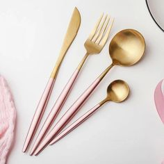 Hot Pink Gold Dinnerware Set 304 Stainless Steel Western Cutlery Set Kitchen Food Tableware Fork Knife Scoop Silverware Set - 2020 Home Decor Trends Gold Flatware, Flatware Set, Cutlery Art, Dinnerware Ideas, Hot Pink, Marble Plates, Stainless Steel Utensils, Home, Kitchen Gadgets
