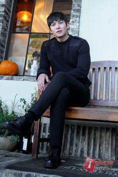 Luvly Wookie ❤️ J Hearts Ji Chang Wook, Drama Korea, Korean Drama, Yoona The K2, Kim Young, Empress Ki, Dong Hae, Cha Eun Woo, Drama Film