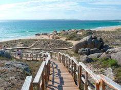 Alquiler vacaciones primera l��nea Galicia - Niumba Andalucia, Water Sports, Garden Bridge, Road Trip, Outdoor Structures, Beautiful, Colour, Dune, The Beach