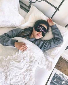 Big happy dreams! 🌟😴 Shop sleep mask, link in bio! 📷@bygracelee