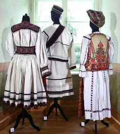 Romanian folk costumes Folk Costume, Costumes, Old Photos, Textiles, Victorian, Traditional, Blouse, Inspiration, Dresses