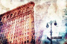 Nieuw in mijn Werk aan de Muur shop: Abstract Flatiron Building NYC II