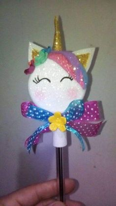 Unicorn Birthday Parties, Diy Birthday, Unicorn Party, Cute Crafts, Diy And Crafts, Diy Back To School Supplies, Mermaid School, Unicorns And Mermaids, Pencil Toppers