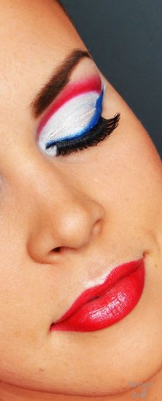 All American Girl, American Women, Makeup Trends, Makeup Tips, Happy Fourth Of July, Pin Logo, Fabulous Nails, Love Makeup, Jewel Tones