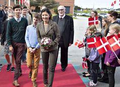Se de skønne billeder af prins Nikolai | SE og HØR Prince Felix Of Denmark, Princess Alexandra Of Denmark, Alexandra Manley, Denmark Royal Family, Danish Royalty, My Prince, Royal Fashion, Queen, Celebrities