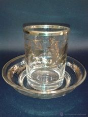 Vaso con Plato. Cristal. Fábrica de la Granja. Principios del siglo XIX.