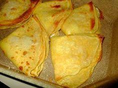 Oggi vi propongo una ricetta che ho «ereditato» dalla mia nonna materna: le crespelle prosciutto e formaggio. Sono un po' lunghe da preparar...