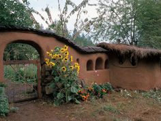 This Cob House: Cob House & Natural Building Designs - decoratoo
