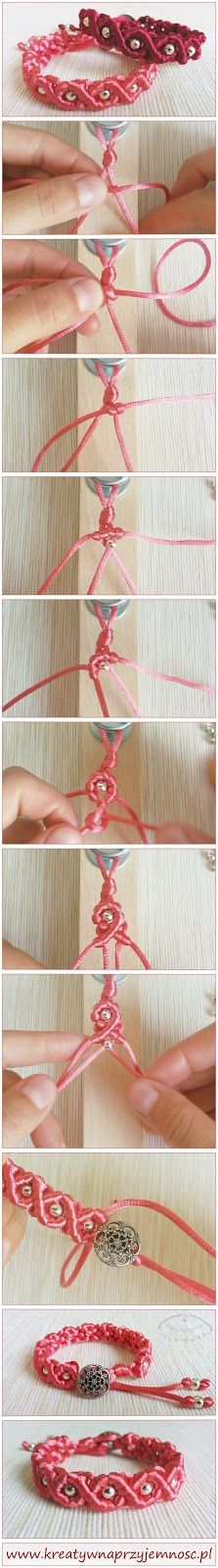 Macrame bracelet with satin cord. Video tutorial.