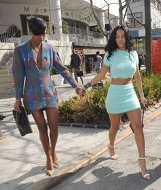 Rihanna DINES With Bestie Melissa Forde In NYC + NEW Pics From RiRi's VOGUE Brasil Spread RELEASED- http://i64.photobucket.com/albums/h164/ybfchic/April%202014%20Events/RihannaEnjoysNYCFriendke5KswU6Vc0l.jpg- http://getmybuzzup.com/rihanna-dines-with-bestie-melissa-forde/- By _YBF Rihanna was spotted grabbing a bite to eat with her bestie Melissa Forde (aka M. Dollas) in NYC today. Plus, new pics of Rih's VOGUE Brasil spread has surfaced. Check her candids and photosh