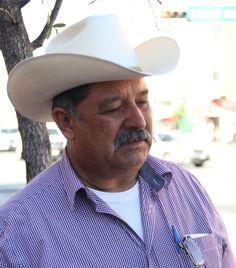 """Confiamos que Javier Corral defenderá a los chihuahuenses del gasolinazo"""", así lo dijo Yako Rodríguez. A fin de evitar el gasolinazo, organizaciones ..."""