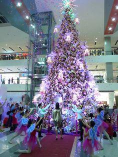 SM Lanang Royal Christmas SM Lanang Premier: A Royal Christmas