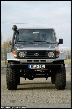Toyota Cruiser, Land Cruiser 4x4, Land Cruiser 70 Series, Toyota Land Cruiser Prado, Mini Trucks, 4x4 Trucks, Custom Trucks, Custom Cars, Toyota 4x4