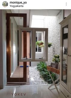 Indoor Garden Office and Office Plants Design Ideas For Summer Home Room Design, Small House Design, Home Design Plans, Home Interior Design, Home Office Design, Patio Interior, Interior And Exterior, Apartment Design, Minimalist Home