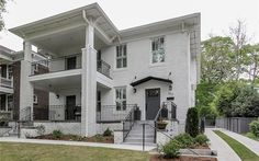 Modern Flare in Midtown's $1,225,000 Renovation Address: 352 8th St NE, Atlanta, GA 30309 Neighborhood: Midtown 4 Beds | 4 Full Baths | 2 Half Baths 4,000 sqft | Built in 1920 | Listed on 4/15  A rare rear entry stairway is included.