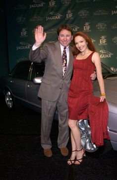 John Ritter John Ritter died September 2003 just six days before his birthday. Ritter was a well-known comedic actor on stage and t. Hollywood Couples, Celebrity Couples, Hollywood Glamour, Hollywood Stars, Classic Hollywood, Celebrities Who Died, Celebs, John Ritter, Tragic Love Stories