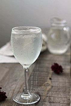 Healthy Juices, Healthy Drinks, Smoothie Drinks, Smoothie Recipes, Alcoholic Drinks, Beverages, Bourbon Drinks, Home Brewing Beer, In Vino Veritas