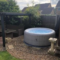 The Original Innovative Hot Tubs Hot Tub Gazebo, Hot Tub Deck, Hot Tub Backyard, Hot Tub Garden, Backyard Seating, Backyard Pools, Garden Fun, Dream Garden, Spa Uk