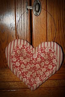 Mismatched hearts...blended together!!    Awesome job Cupid!!    ;)