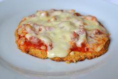Palavras que enchem a barriga: Pizza paleo com base de couve-flor (Passatempo Limiano ralado para momentos derretidos) :)