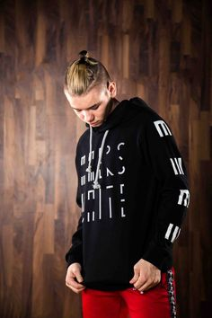 Official Marcus & Martinus online store with a wide selection of sweaters, t-shirts, caps, bracelets and much more. Buy official M&M merch from MMSTORE. Bars And Melody, Juliette, Hoodies, Sweatshirts, My Boyfriend, Black Hoodie, My Boys, In This Moment, Cute