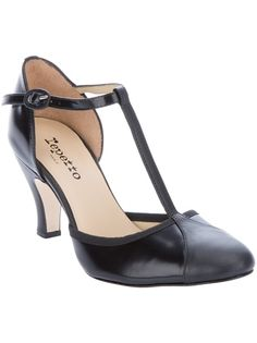 Black leather t-bar shoes from Repetto <3