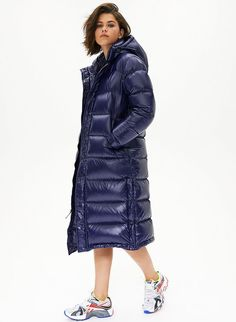 Swans Style is the top online fashion store for women. Shop sexy club dresses, jeans, shoes, bodysuits, skirts and more. Down Puffer Coat, Down Coat, Women's Puffer, Langer Mantel, Black Down, Puffy Jacket, Hot Outfits, Jacket Style, Jackets For Women