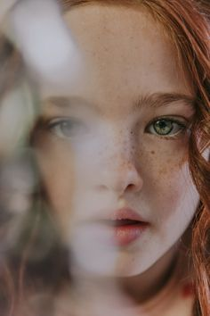 Criança ruiva Ginger Kids, Kid Character, Child Face, Ginger Hair, Beautiful Children, Freckles, Green Eyes, Pretty People, Cute Kids