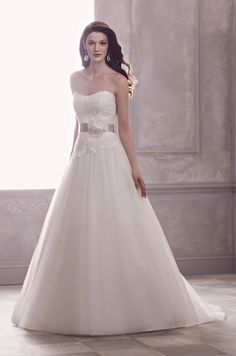 Perfect Wedding Dress for the Pear Shaped Bride