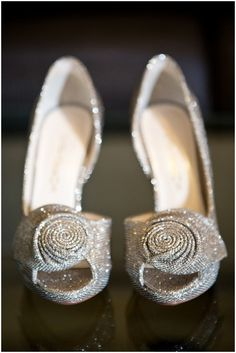 sparkly silver shoes http://www.frenchweddingstyle.com/glamorous-elopement-paris-catherine-ohara/