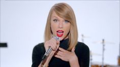 Taylor Swift Shake It Off, 1989 collective attention