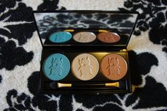 Fearne Night Compact
