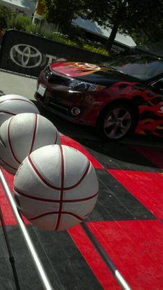 #ToyotaCamrySE @SpokaneHoopfest shoot off! #Spokane