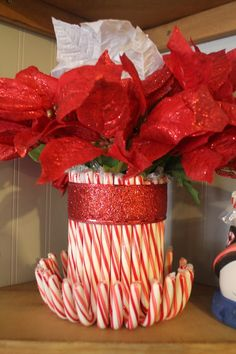 Stylish-Eve-DIY-Holiday-Edition-Presents-Candy-Cane-Vases_04