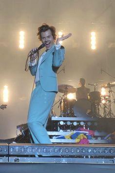 Harry Styles Eyes, Harry Styles Baby, Harry Styles Pictures, Harry Edward Styles, Harry Styles Imagines, Estilo Do Harry Styles, Harry 1d, Harry Styles Wallpaper, Mr Style